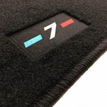 Tapis BMW Série 7 G11 court (2015-actualité) logo sur mesure