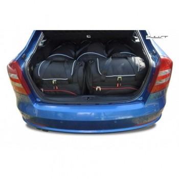 Kit de valises sur mesure pour Skoda Octavia Hatchback (2004 - 2008)