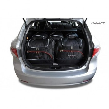 Kit de valises sur mesure pour Toyota Avensis Break Sports (2009 - 2012)