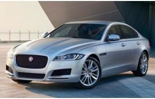 Tapis de voiture exclusive Jaguar XF Berline (2015 - actualité)