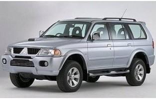 Protecteur de coffre de voiture réversible Mitsubishi Pajero Sport / Montero (2002 - 2008)