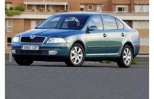 Protecteur de coffre de voiture réversible Skoda Octavia Hatchback (2004 - 2008)