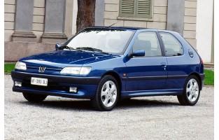 Tapis de voiture exclusive Peugeot 306