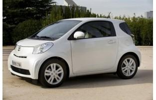 Tapis Toyota IQ Économiques